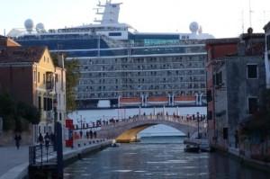 grandi navi da crociera a venezia