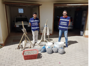 Operazione di contrasto alla pesca illegale lungo il - Prezioso mobili castelvolturno ...