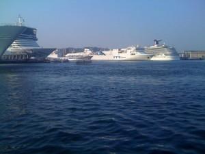 napoli e le navi da crociere
