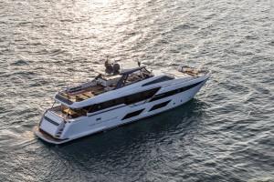 ferretti-yachts-920
